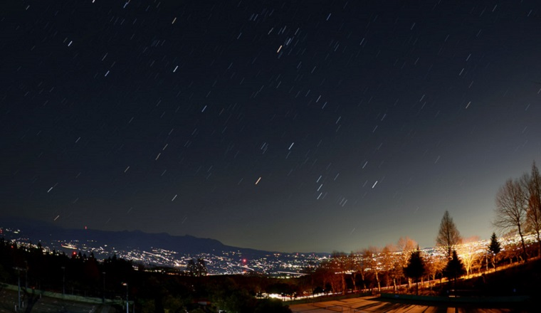 http://starlit-skies.cocolog-nifty.com/photos/seikei/23982406tonem.html