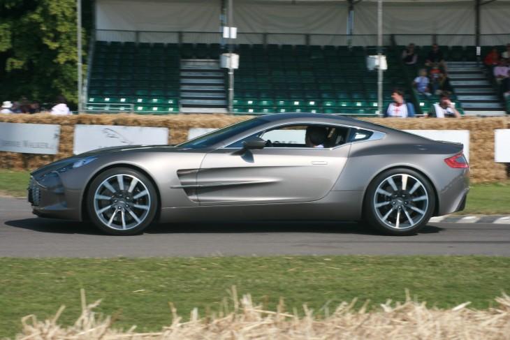 Aston_Martin_One-77_-_Flickr_-_Supermac1961