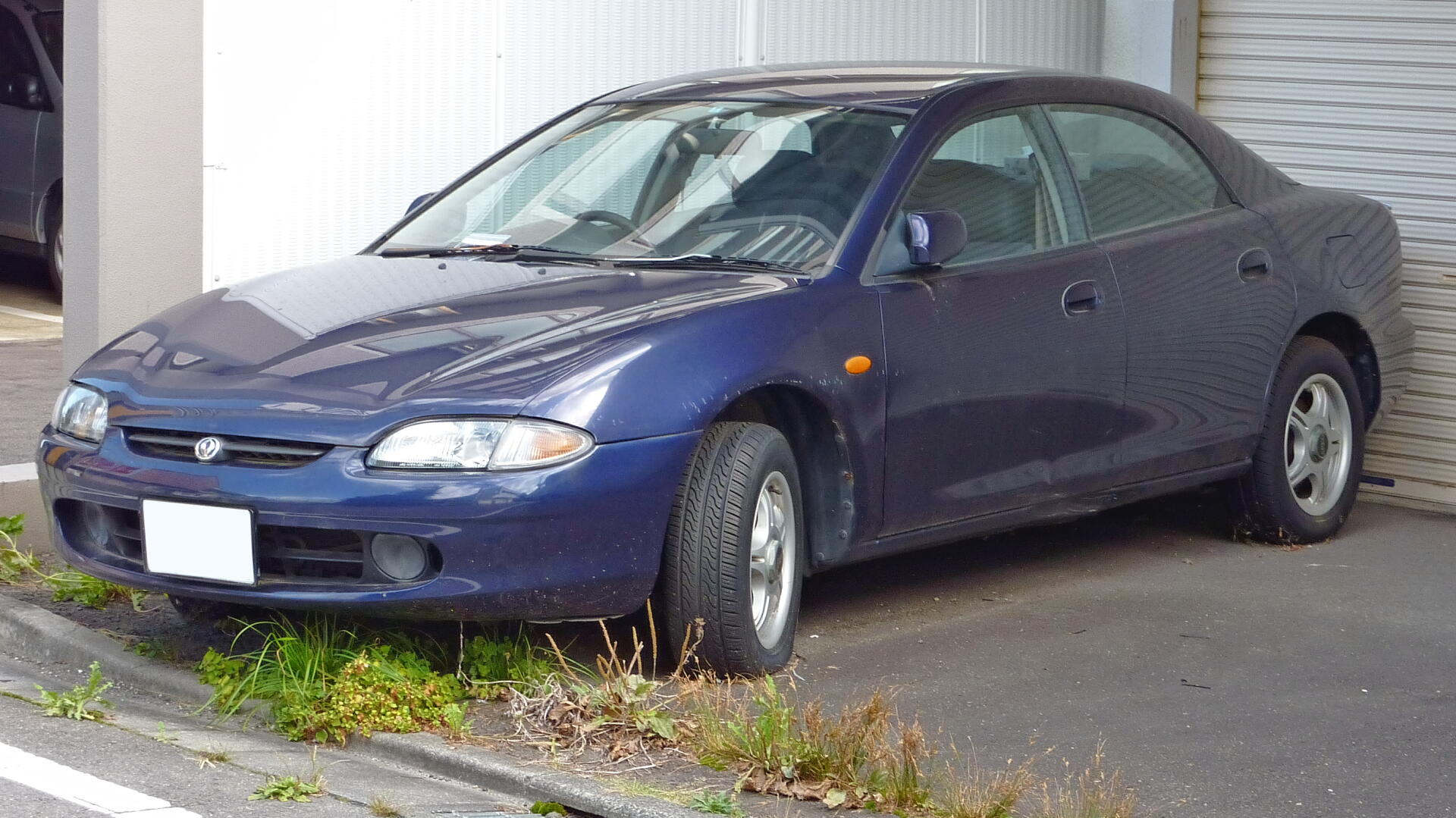 Mazda_Lantis