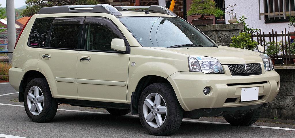 Nissan_X-Trail_T30_001