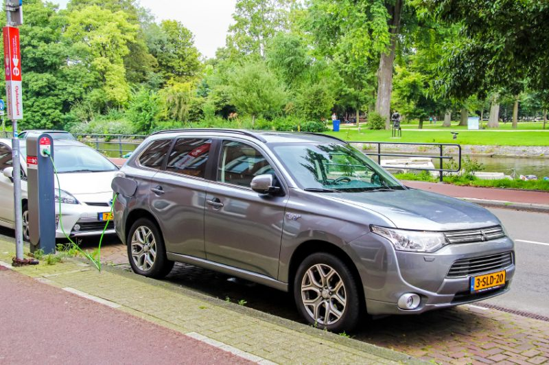 Mitsubishi Outlander P-HEV