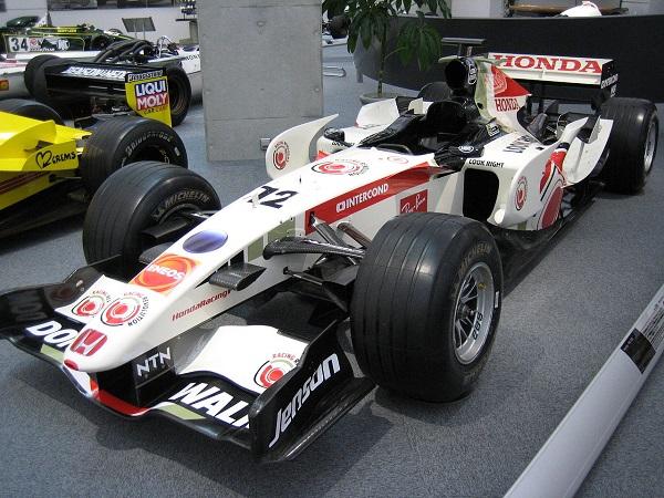 1280px-Honda_RA106_01