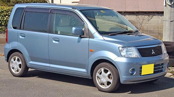 1280px-Mitsubishi_eKwagon_2004