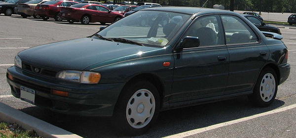 1024px-93-96_subaru_impreza_sedan