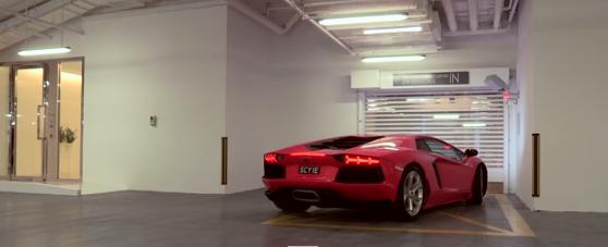 大好きな車を眺めて暮らす。究極の駐車場付きマンションがシンガポールに登場!!!