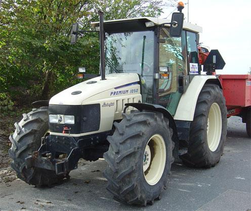 Lamboghini_traktor