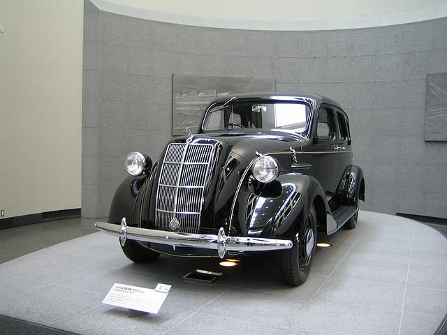 外国人に一番人気の博物館【トヨタ産業技術記念館】の魅力とは