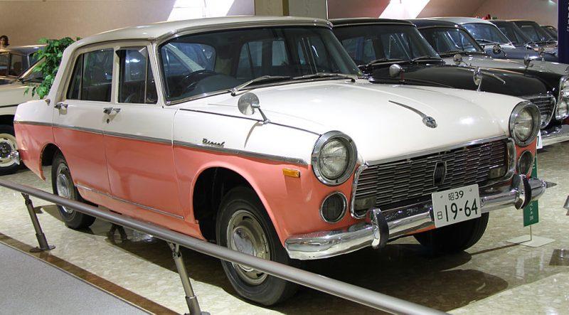1024px-1964_Isuzu_Bellel_2000_Deluxe