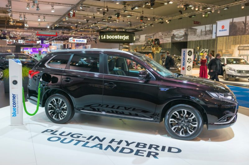 Mitsubishi Outlander PHEV plug in hybrid