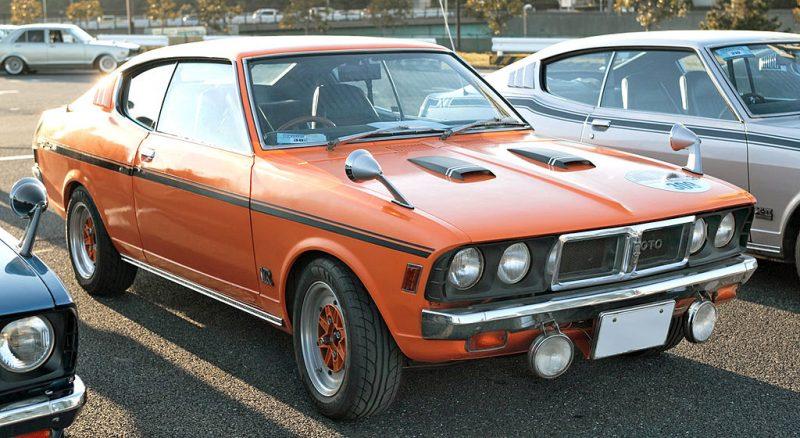 1024px-Mitsubishi_Galant_GTO-MR_001