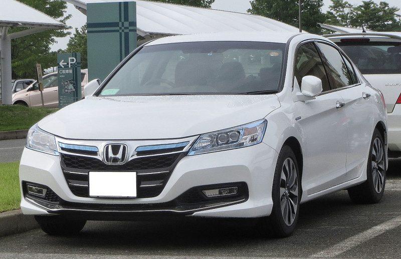 1280px-Honda_Accord_Hybrid_CR6