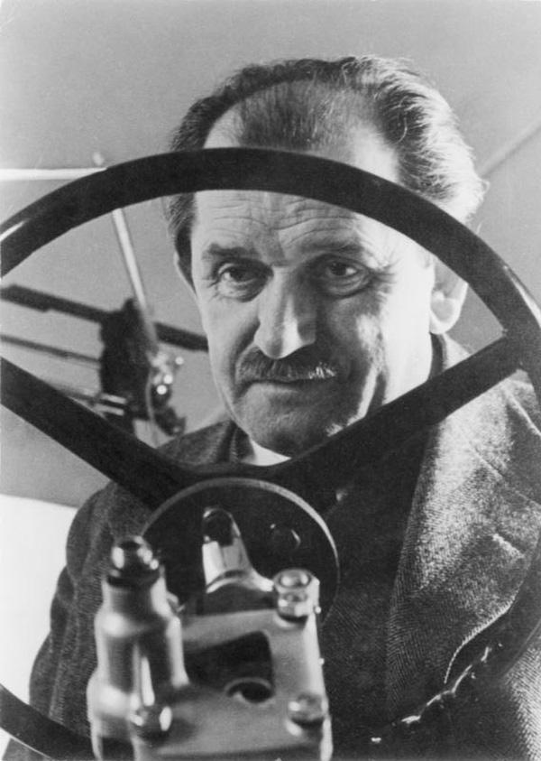 理想を追い求めた『20世紀最高の自動車設計者』フェルディナンド・ポルシェの生涯