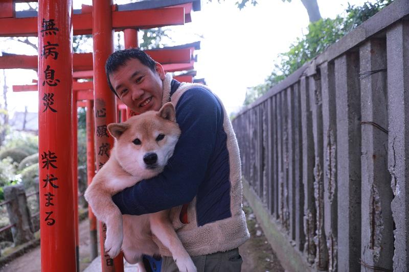 根津神社に東京大学…柴犬まる、聖地巡礼の旅に出る
