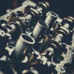 自動車の大事な心臓部!各メーカーがこだわるエンジン技術とその種類を一挙紹介