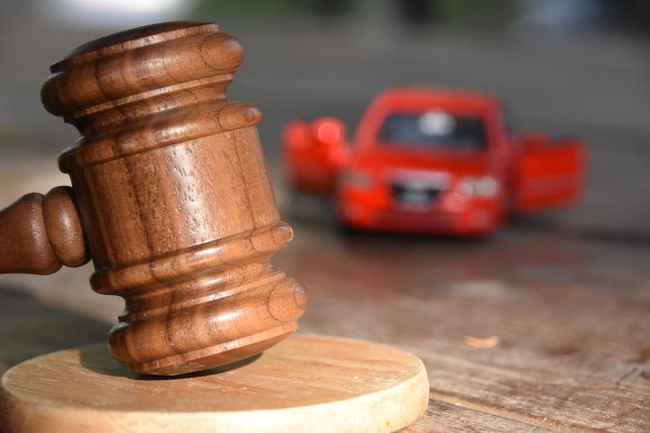 事故車オークションって知ってる? クルマを最高価格で賢く売ろう!