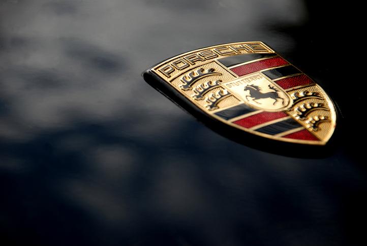 加熱する空冷ポルシェ中古車相場。タイプ930の魅力とは?