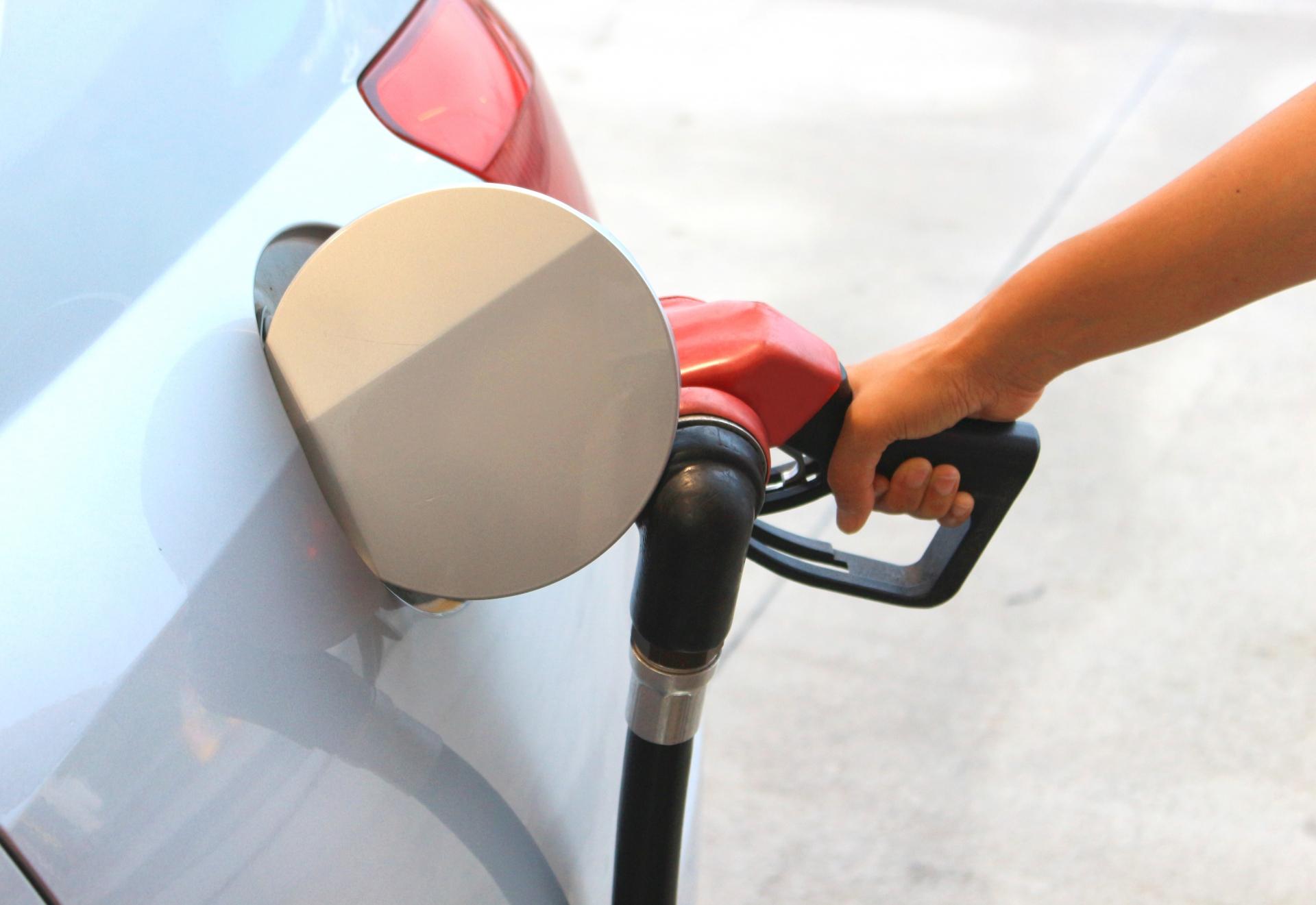 【ドライブの基礎知識】ガソリン価格値上がり中!燃料代を節約、燃費を向上させるエコドライブとは?