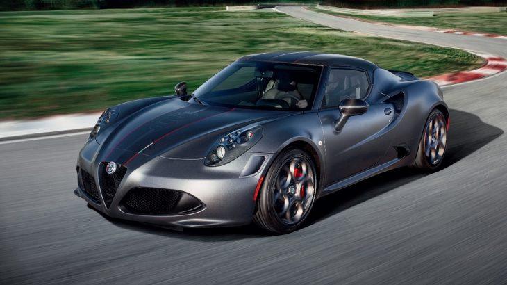 アルファロメオ・4Cにカーボンルーフやアクラポマフラーを装備した限定モデル登場!センス抜群なモデルスパイダー イタリアも同時発売!
