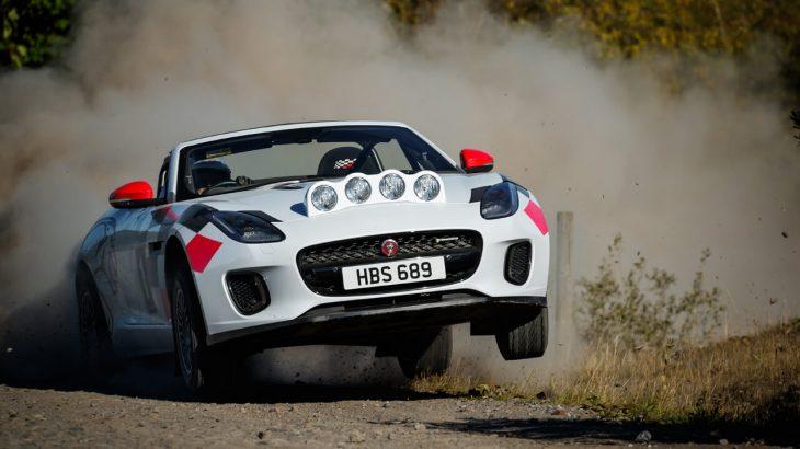 ジャガー・Fタイプコンバーチブルにラリースペシャル登場!ポルシェ・アバルトなど後輪駆動スポーツカーベースのラリーマシンが熱い!