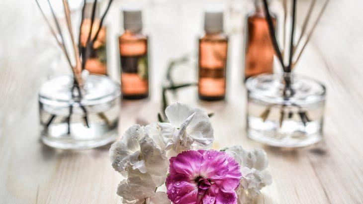 車用の芳香剤の人気商品をピックアップ!匂いや置き場所など種類の選び方のポイントや、女性に人気や長持ちするおすすめ品は?