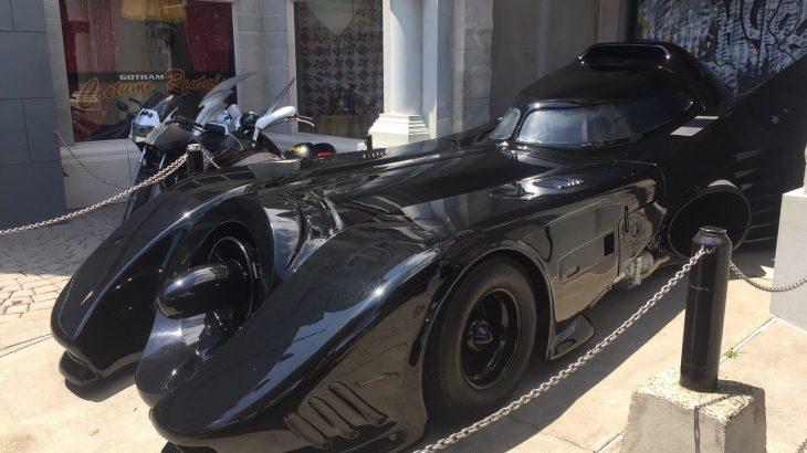 バットモービルの歴史を振り返る!タンブラーなどバットマンの歴代マシンとそのベースモデルは?