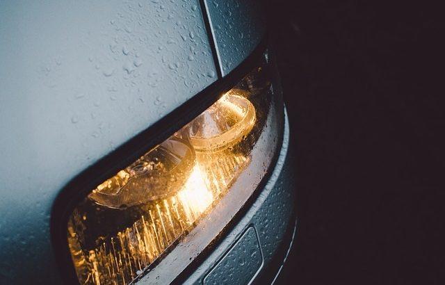 オートライトが義務化へ!これから車のライトはどうなる?